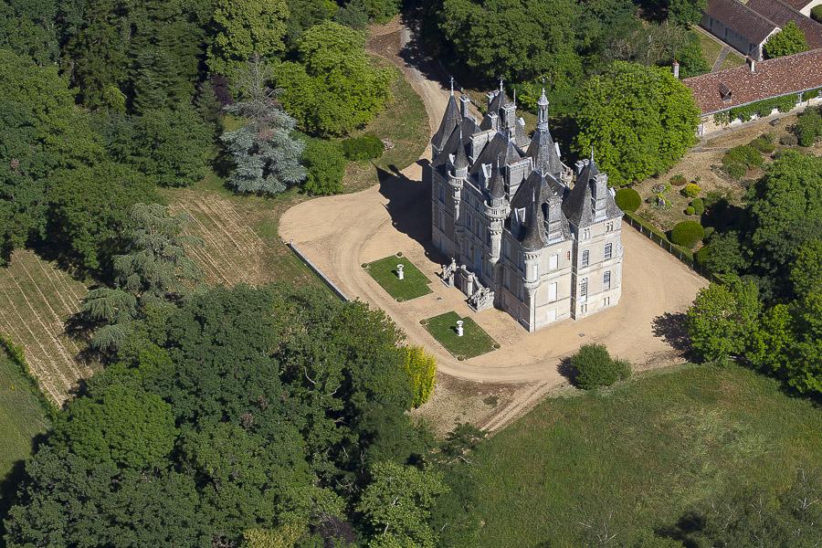 Château St Pierre De Maillé